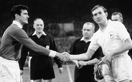 Danny Blanchflower vs Benfica