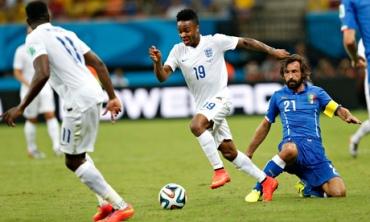 Raheem Sterling attacks Italy