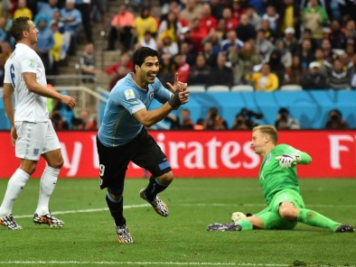 Suarez Scores against England