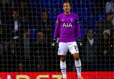 Kane in goal