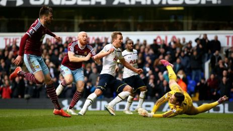Kane scores against West Ham